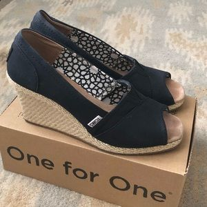 TOMS Peep Toe Wedges